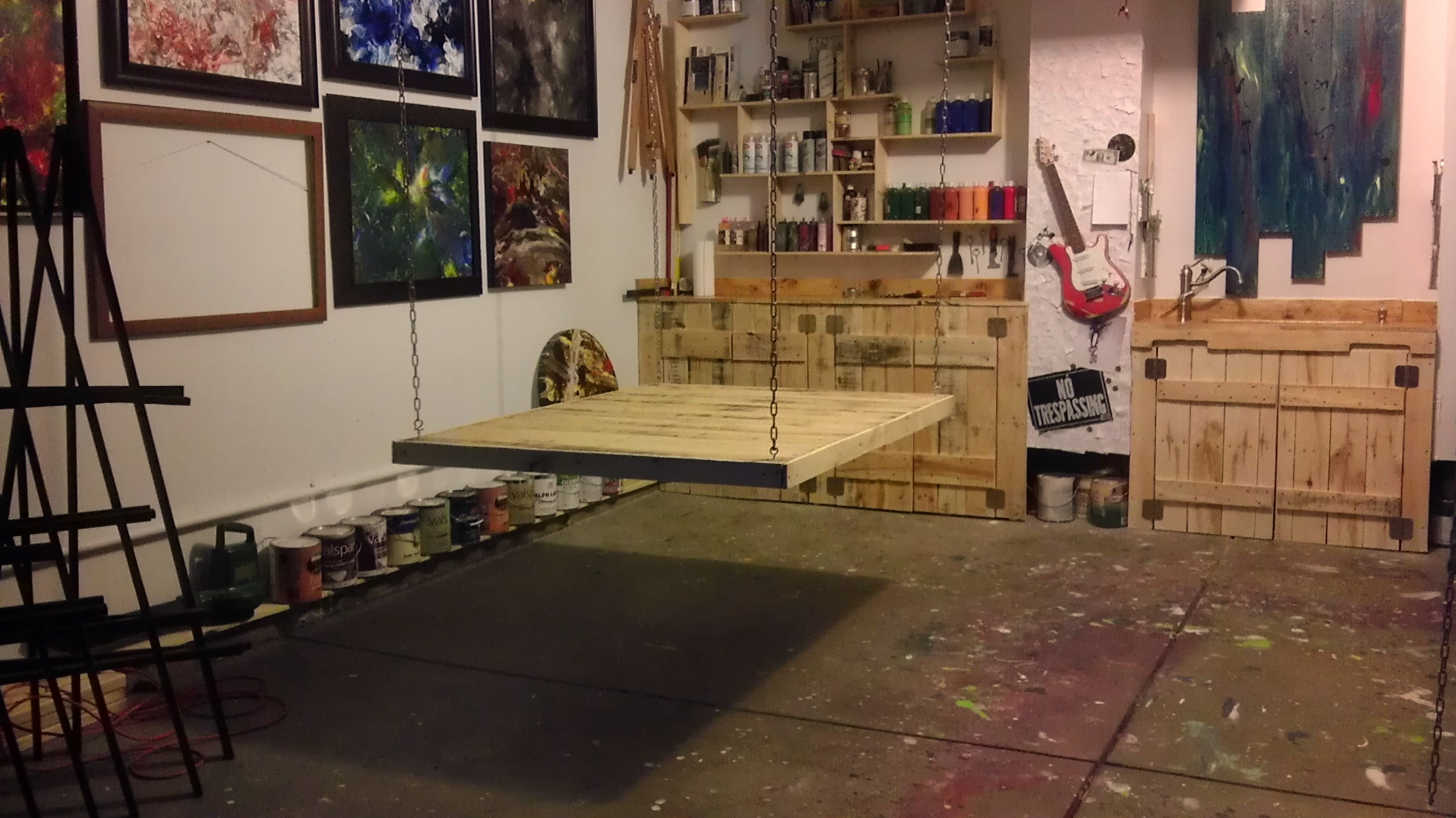Studio - New Painting Table - Art by Eric Siebenthal - Acrylicmind.com